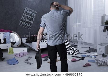 Homme voleur maison assurance habitation isolé blanche Photo stock © orensila