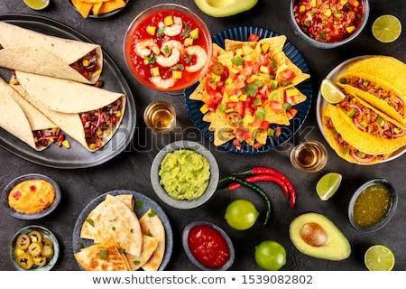 salsa · chips · nachos · tequila · tradicional · mexicano - foto stock © furmanphoto