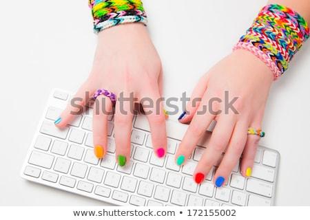 vrouw · programmering · laptop · kantoor · gewas · achteraanzicht - stockfoto © ra2studio