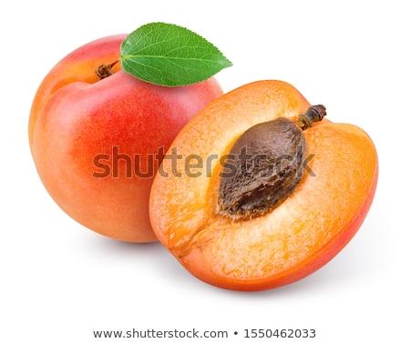 albicocca · frutta · tutto · metà · foglia · isolato - foto d'archivio © m-studio