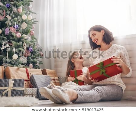 anne · sevimli · kız · kız · hediyeler - stok fotoğraf © choreograph