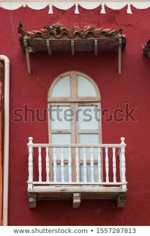 典型的な · アメリカン · コロニアル · ウィンドウ · コロンビア · 表示 - ストックフォト © boggy
