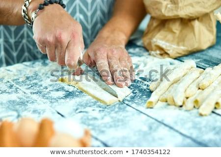 Közelkép folyamat készít házi készítésű tészta szakács Stock fotó © Illia