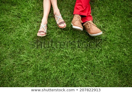 Foto stock: Mulher · sapatos · grama · par · dia