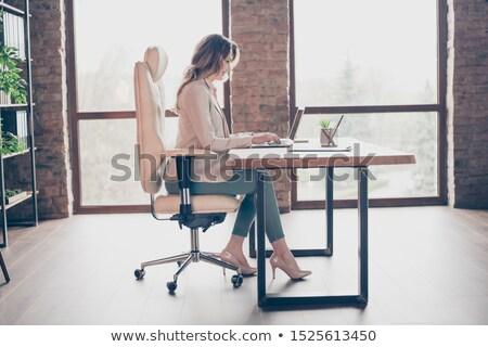 женщину офисные кресла бизнеса работу обувь Председатель Сток-фото © gemenacom