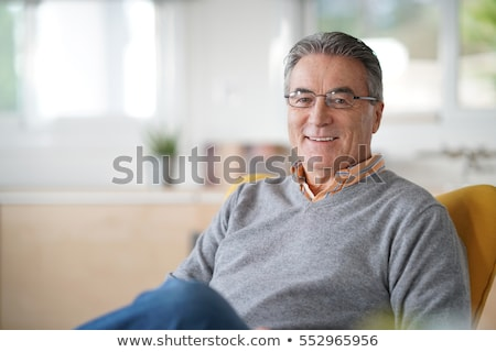 pozitív · idős · férfi · derűs · középkorú · orvos - stock fotó © kurhan