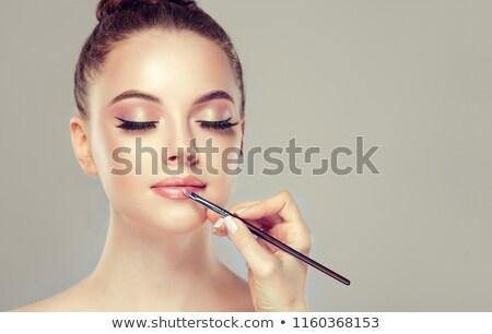 Brunette lipgloss badkamer vrouw gelukkig Stockfoto © wavebreak_media