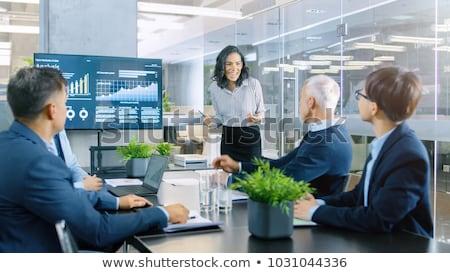 女實業家 介紹 業務 女子 男子 會議 商業照片 © IS2