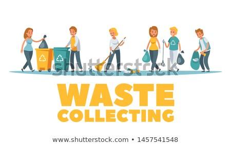 Hulladék gyűjt derűs önkéntesek tart szatyrok Stock fotó © robuart