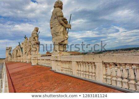 Widok z tyłu dachu święty podróży posąg historii Zdjęcia stock © hsfelix