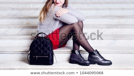 54c27a1339672e Jonge vrouw leder zwarte jurk poseren donkere sexy Stockfoto © maros b