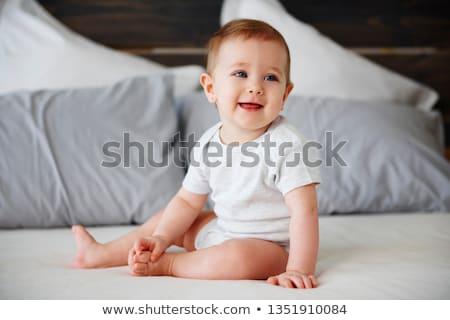 Criança bebê sessão assento branco criança Foto stock © tangducminh