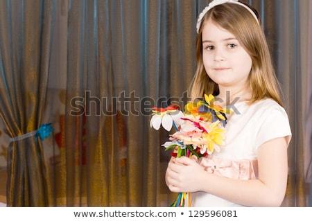 Retrato nina flores manos pared Foto stock © Paha_L