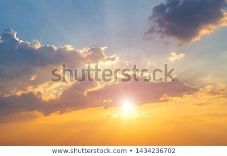 Stok fotoğraf: Ateşli · kırmızı · gün · batımı · bulutlar · canlı · gökyüzü