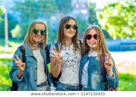 Hello iskola legjobb barátok diákok fiúk lányok Stock fotó © robuart