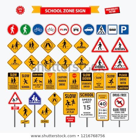 Przejście dla pieszych podpisania instrukcje strony krzyż spaceru Zdjęcia stock © chrisbradshaw