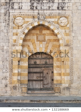 Velho igreja porta Líbano cristão Foto stock © travelphotography