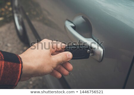 Mão revólver venda negócio compras serviço Foto stock © Ustofre9