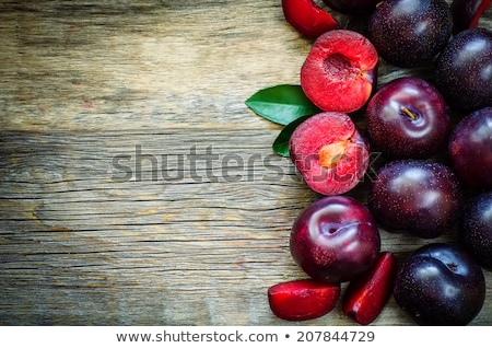 Vers sappig pruimen voedsel vruchten Stockfoto © deandrobot