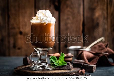 ドリンク · ホイップクリーム · 冷たい · チョコレート - ストックフォト © yelenayemchuk
