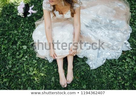 kadın · yeşil · elbise · yalınayak · yalıtılmış · beyaz - stok fotoğraf © ruslanshramko