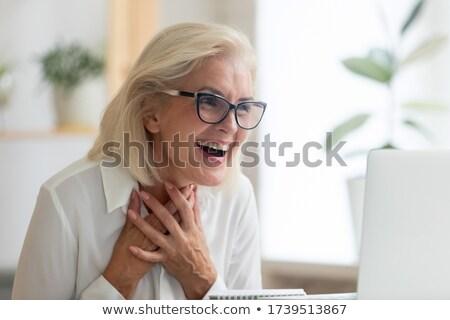 зрелый женщины красивой ткань жемчуга Сток-фото © vanessavr