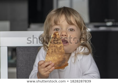 Portrait petite fille séance table enfant Kid Photo stock © phbcz