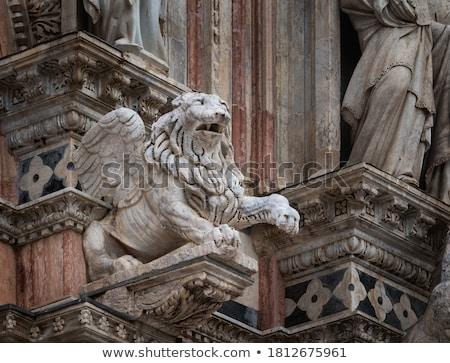 részlet · katedrális · épületkülsők · építészeti · részletek · Olaszország - stock fotó © boggy