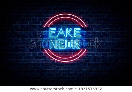 Mediów debata czerwony billboard napis niebo Zdjęcia stock © tashatuvango