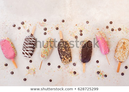 Amandel cake ijs frambozen vers voedsel Stockfoto © Digifoodstock