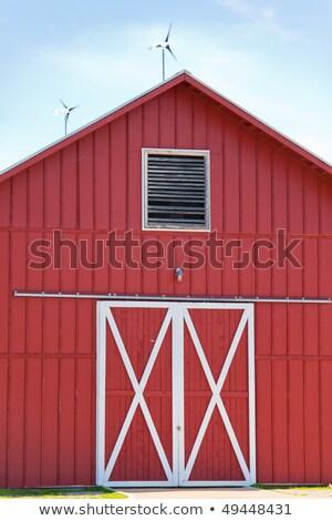 Czerwony stodoła słonecznej wiatr moc zielone Zdjęcia stock © BrandonSeidel