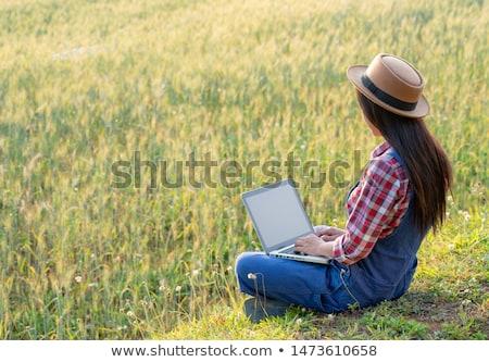 женщины фермер ячмень ушки Сток-фото © stevanovicigor