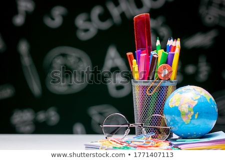 Różny przybory szkolne świecie tabeli czarny nauki Zdjęcia stock © wavebreak_media