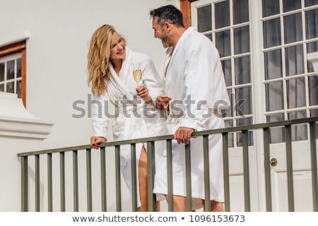 Foto stock: Casal · banho · robe · varanda · homem · hotel