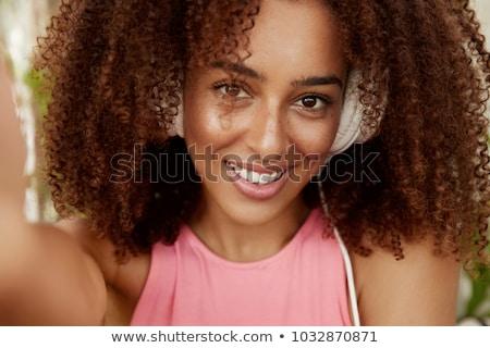 かわいい 若い女性 ヘッドホン リスニング オーディオ レッスン ストックフォト © pressmaster