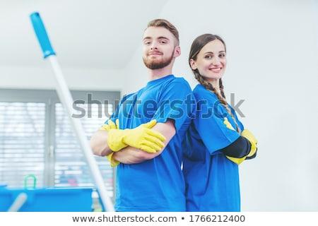 Büszke szolgáltatás áll karok összehajtva csapat Stock fotó © Kzenon