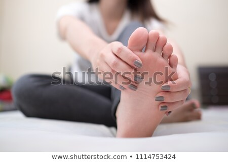 Nő üzenetküldés lány boldog divat cipők Stock fotó © photography33