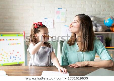 sonriendo · secretario · personal · ayudante · sesión · de · trabajo - foto stock © javiercorrea15