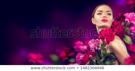 Morena flor make-up belo marrom camisas Foto stock © phakimata