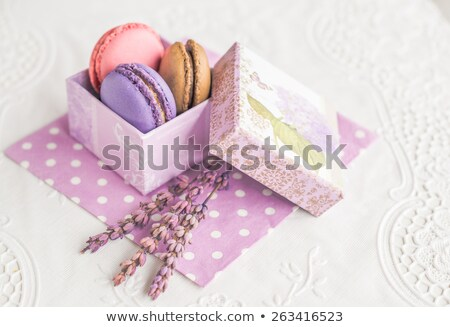 Macarons servet drie houten tafel textuur Stockfoto © Massonforstock