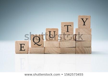 Boglya kockák csetepaté mutat tőke szöveg Stock fotó © AndreyPopov