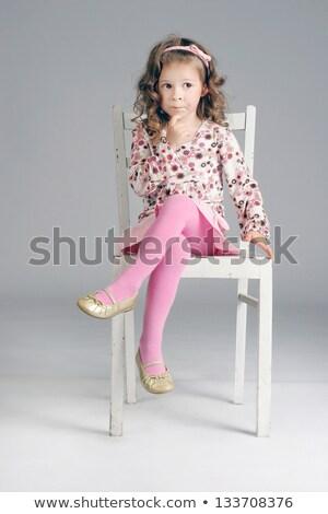 magnifico · ragazza · posa · sedia - foto d'archivio © feedough