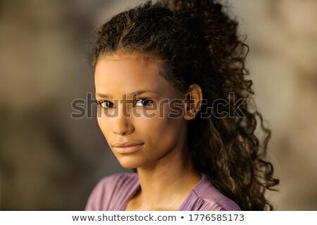 Nadenkend mooie jonge vrouw kijken camera Stockfoto © Giulio_Fornasar