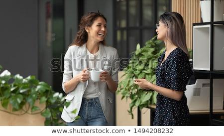 Freundlich Gespräch Freunde Sitzung Hand gezeichnet Stock foto © barsrsind