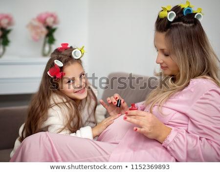 Stock fotó: Fiatal · nő · festmény · körmök · otthon · csinos · ház