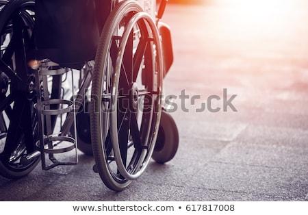 Ruota sedia uomo libertà sedia a rotelle Foto d'archivio © gemenacom