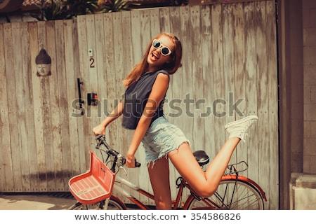 jonge · vrolijk · vrouw · oude · Blauw · fiets - stockfoto © filipw