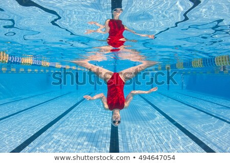 Retrato menina de cabeça para baixo subaquático diversão liberdade Foto stock © IS2