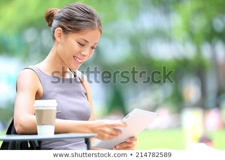 молодые красивой азиатских деловая женщина расслабляющая кофейня Сток-фото © amazingmikael