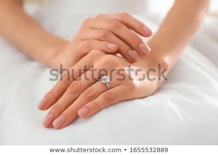 gyűrűk · kéz · nő · esküvő · terv · művészet - stock fotó © esatphotography